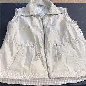 Women's Columbia tan vest